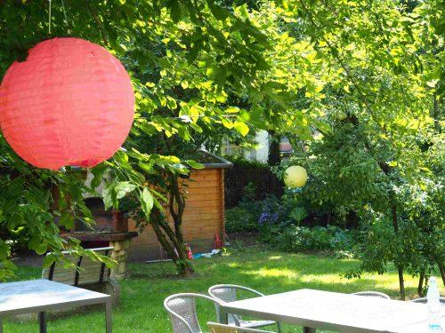 Aufnahme des Gartens in der Wohnstätte an der Fischerstraße 8.