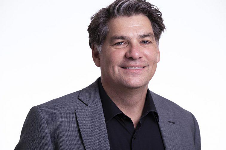 Portraitfoto von Herrn Marcus Guttmacher-Jendges, Geschäftsführer der LebensRäume Für Menschen in Duisburg gGmbH
