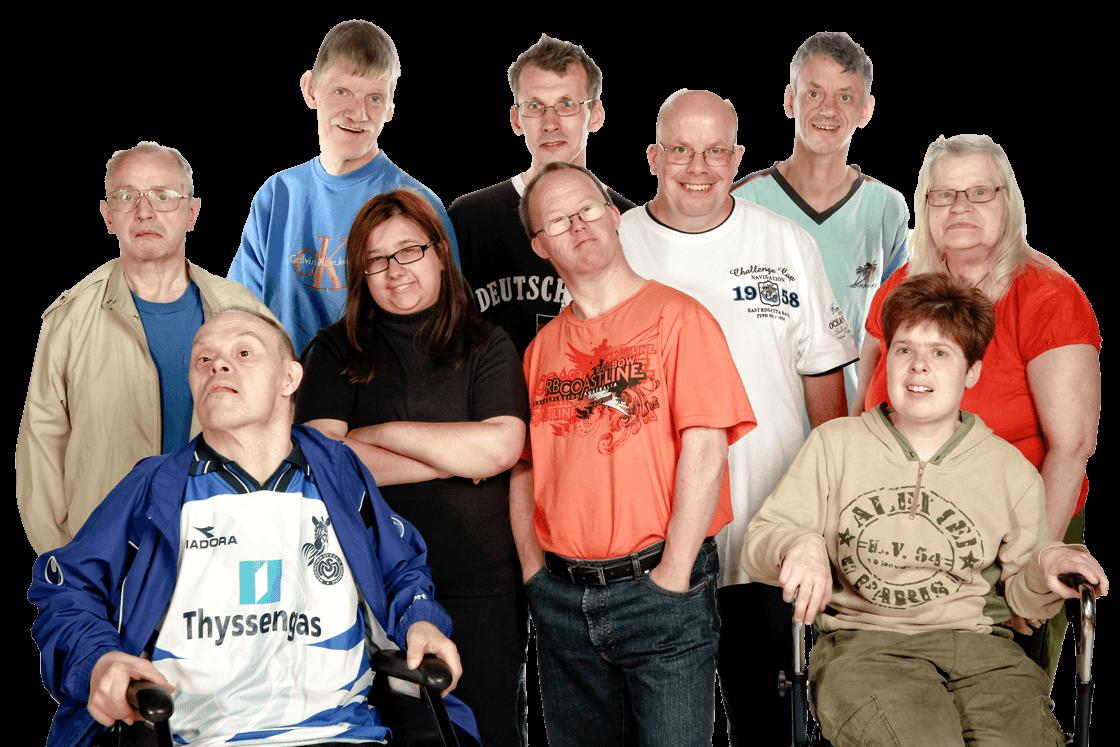 Gruppenfoto mit Bewohnern der Lebensräume Duisburg