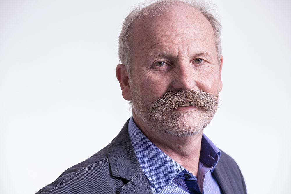 Portraitfoto von Mitarbeiter Herr Norbert Gatz, Pädagogischer Leiter der LebensRäume Für Menschen in Duisburg gGmbH